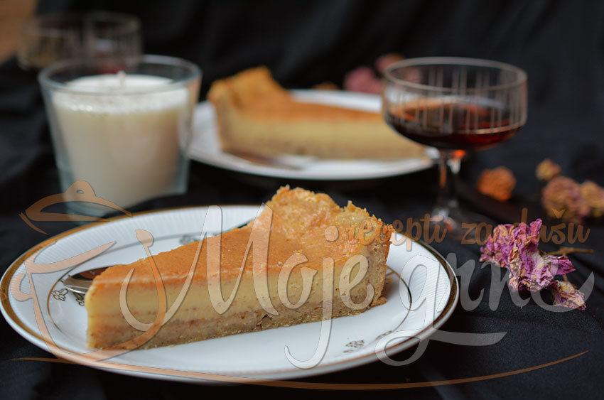 Rum pita sa orasima i belom čokoladom
