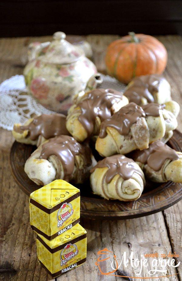 Šarene kiflice sa kremom i mlečnom čokoladom