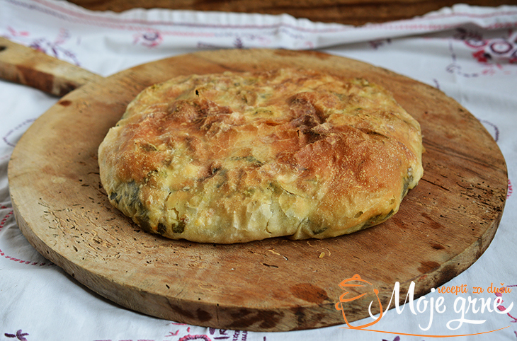 Burek od spanaća i sira