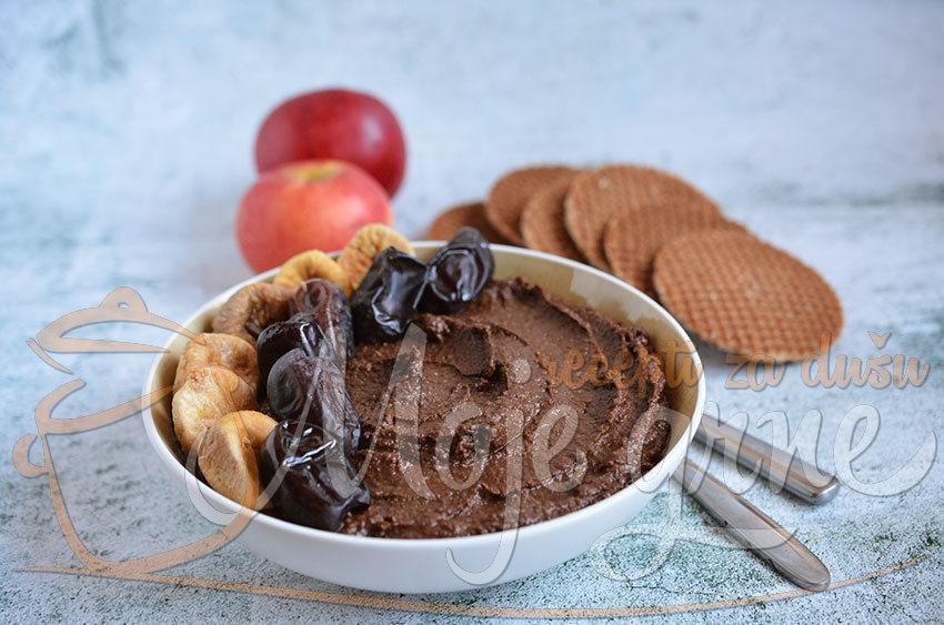 Čokoladni humus