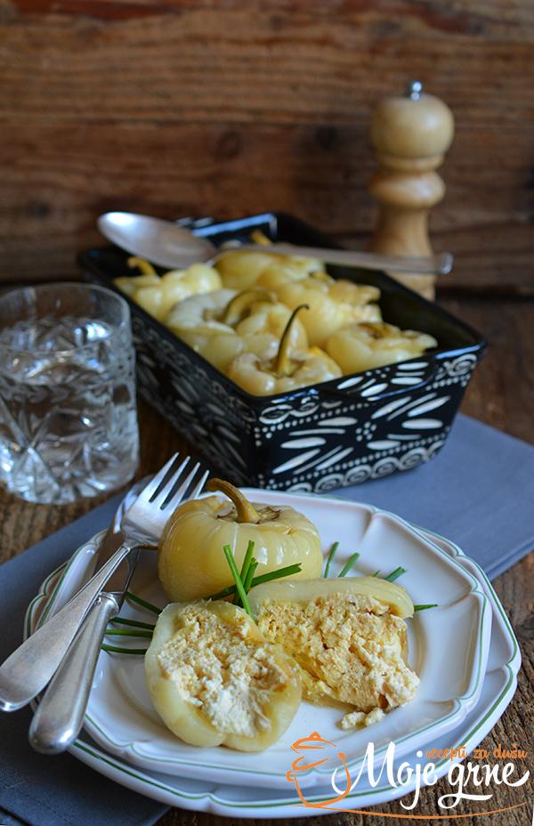 Punjene paprike sa sirom iz krčka