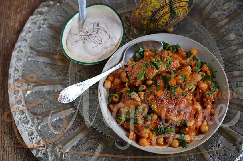 Piletina sa leblebijama i suvim kajsijama & Harisa sos