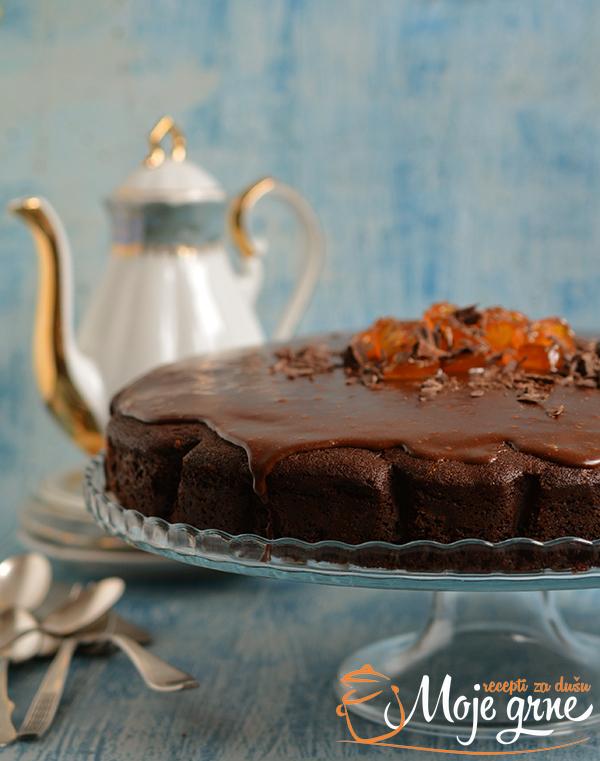 Čokoladna torta sa koka kolom