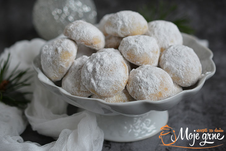 Kourabiedes - Grčki Božićni kolačići