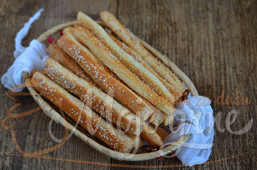 Prhki štapići sa sirom i mašću